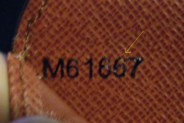 Spot Fake Louis Vuitton Monogram Wallet  714e711d06b73