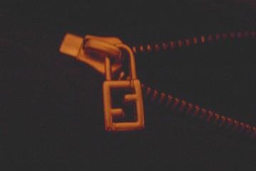 edda5ae9565a Fendi Hologram Sticker, Spot a phony Fendi label, Counterfeit Fendi ...