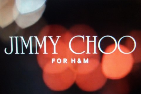 7afda4b190 Font: The most notable feature of the Jimmy Choo ...